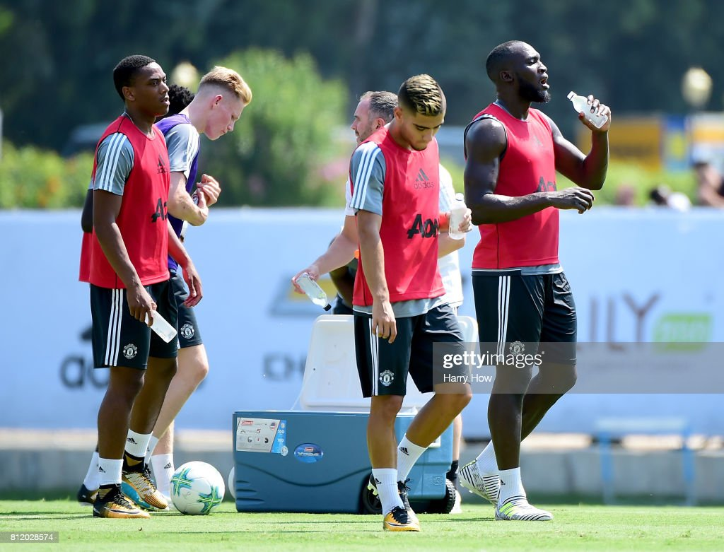 Romelu Lukaku of Manchester United drinks water during training for Tour 2017 at UCLA's Drake Stadium on July 10, 2017 in Los Angeles, California.