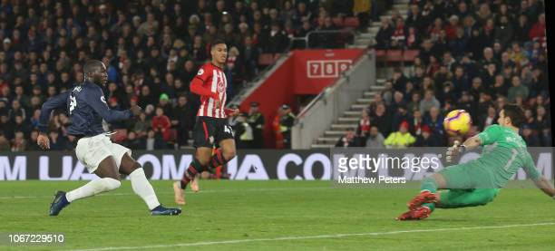 Romelu Lukaku of Manchester United scores their first goal during the Premier League match between Southampton FC and Manchester United at St Mary's...
