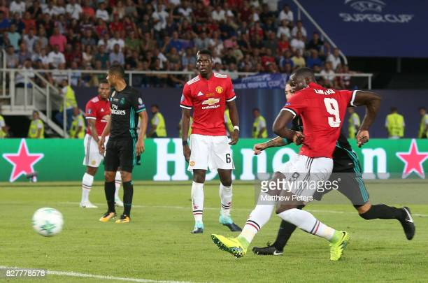 Romelu Lukaku of Manchester United scores their first goal during the UEFA Super Cup match between Real Madrid and Manchester United at Philip II...