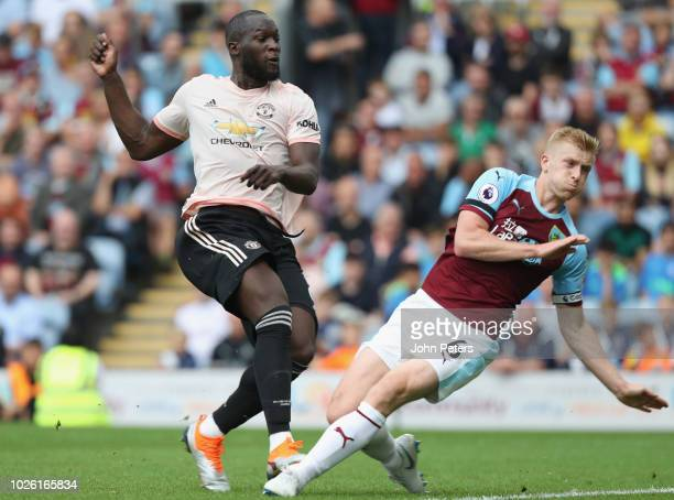 Romelu Lukaku of Manchester United scores their second goal during the Premier League match between Burnley FC and Manchester United at Turf Moor on...