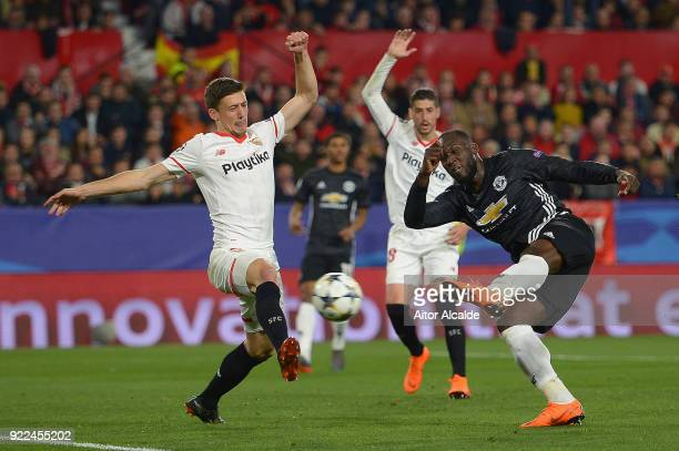 Romelu Lukaku of Manchester United shoots and scores a dissallowed goal for offside during the UEFA Champions League Round of 16 First Leg match...
