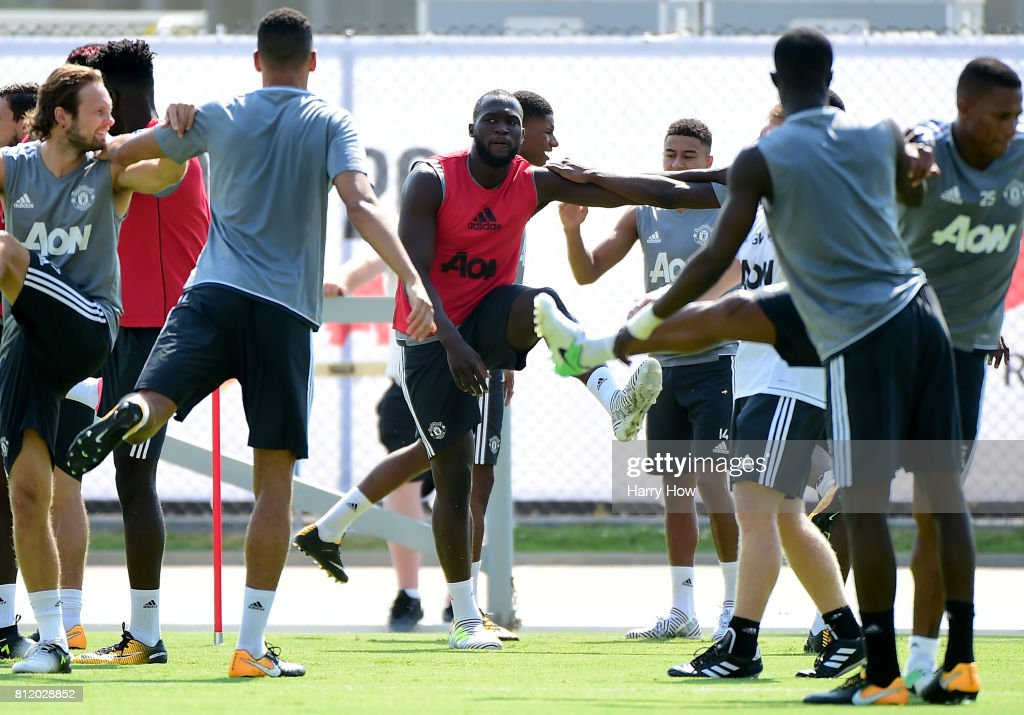 Romelu Lukaku of Manchester United stretches with teammates during training for Tour 2017 at UCLA's Drake Stadium on July 10, 2017 in Los Angeles, California.