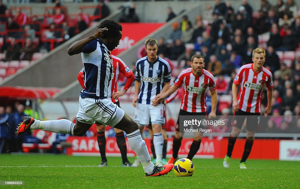 Romelu Lukaku of West Brom scores to make it 3-1 during the Barclays Premier League match between Sunderland and West Bromwich Albion at the Stadium of Light on November 24, 2012 in Sunderland, England.
