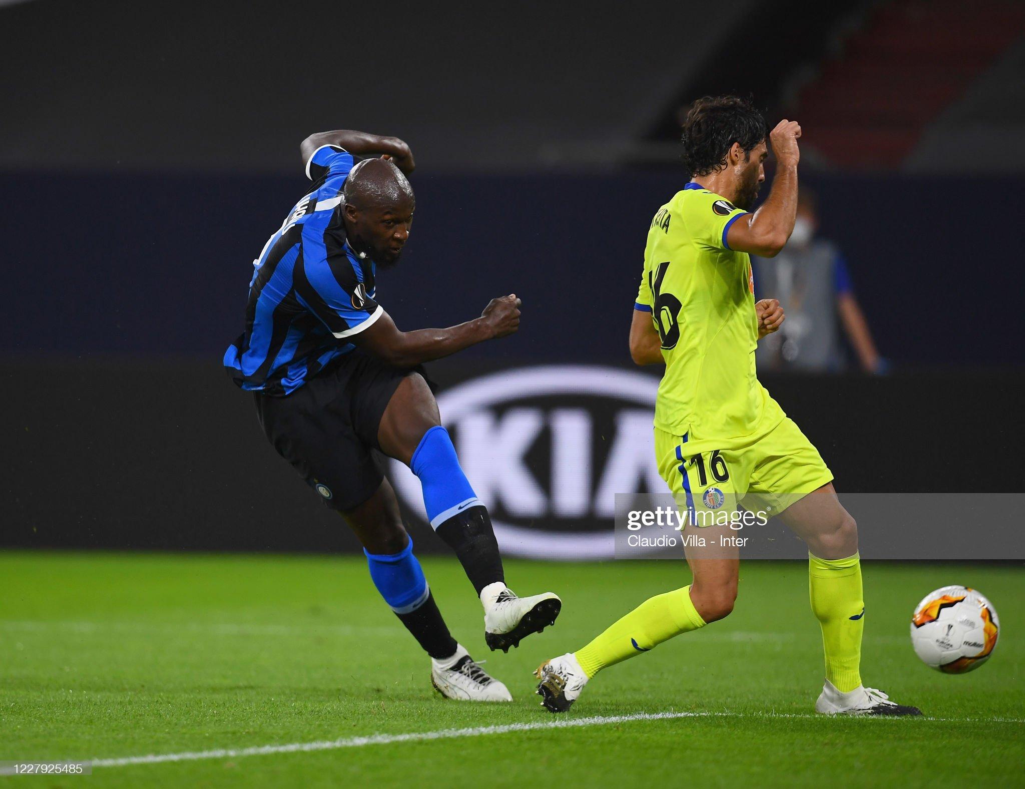 FC Internazionale v Getafe CF - UEFA Europa League Round of 16 : News Photo