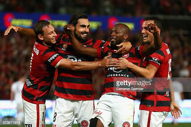 Romeo Castelen of the Wanderers celebrates scoring a goal with team mates during the A-League Semi Final match between the Western Sydney Wanderers...