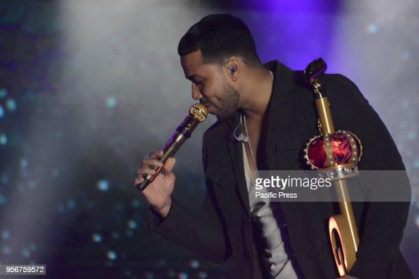 Romeo Santos performs live in concert for his 'Golden European Tour' at 'Arenile di Bagnoli'