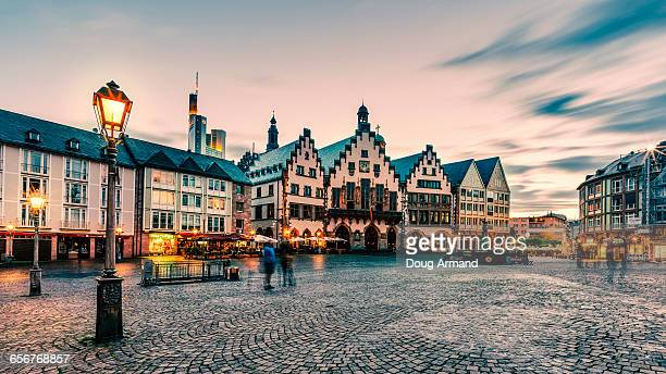 romerberg at dusk, frankfurt - hesse germany stock pictures, royalty-free photos & images
