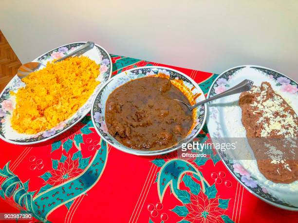 romeritos mexican christmas dish - mole sauce stock pictures, royalty-free photos & images
