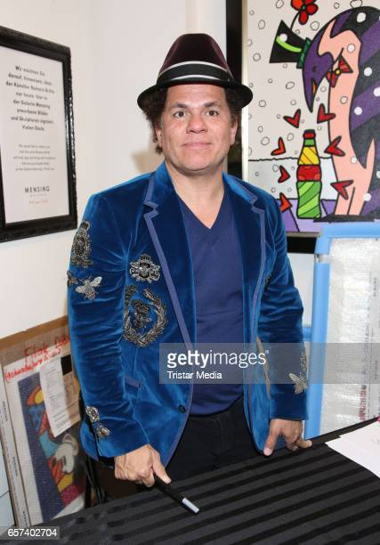 Romero Britto during his Vernissage 'Have A Coke With Romero Britto' in the Mensing galery on March 24 2017 in Hamburg Germany