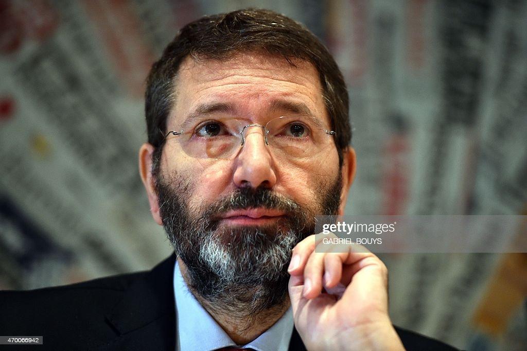ITALY-POLITICS-ROME-MARINO : News Photo