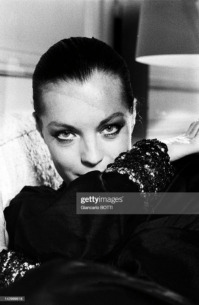 Populaire Photo Studio Of Romy Schneider Pictures | Getty Images AG48
