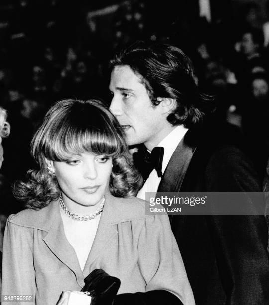 Romy Schneider et Daniel Biasini lors d'une premiere dans un music-hall, circa 1970 a Paris, France.