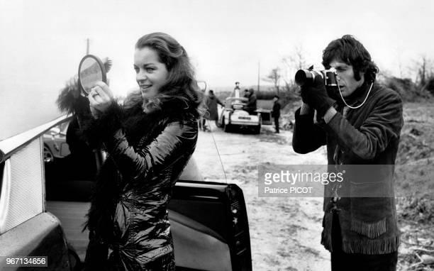 Romy Schneider et Gabriele Tinti sur le tournage du film 'Qui' réalisé par Léonard Keigel le 19 février 1970 en France