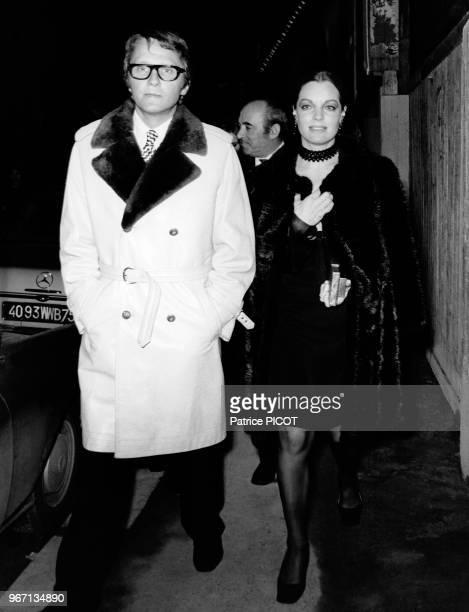 Romy Schneider et Harry Meyen lors de la première du film 'Les Choses de la Vie' le 13 mars 1970 à Paris France