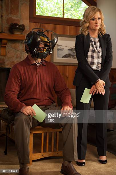 RECREATION Ron and Jammy Episode 702 Pictured Nick Offerman as Ron Swanson Amy Poehler as Leslie Knope