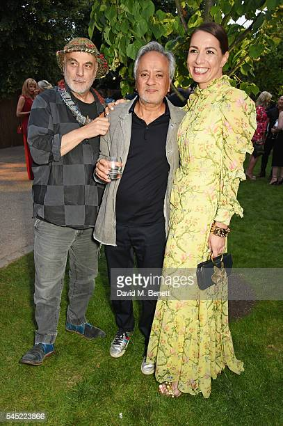 Ron Arad Anish Kapoor and Yana Peel attend The Serpentine Summer Party cohosted by Tommy Hilfiger on July 6 2016 in London England