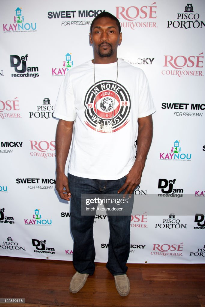 Ron Artest attends the Pre-VMA Party at The Hollywood Roosevelt Pool on August 27, 2011 in Los Angeles, California.