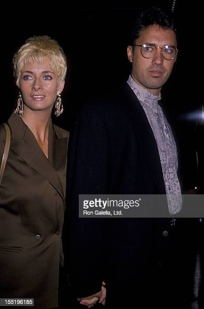 Ron Darling and wife Antoinette O'Reilly attend the premiere of Enemies A Love Story on December 11 1989 at the Crystal Pavilion in New York City