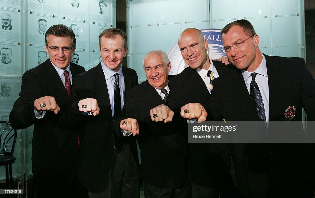 Hockey Hall of Fame Induction Photo Opportunity : News Photo