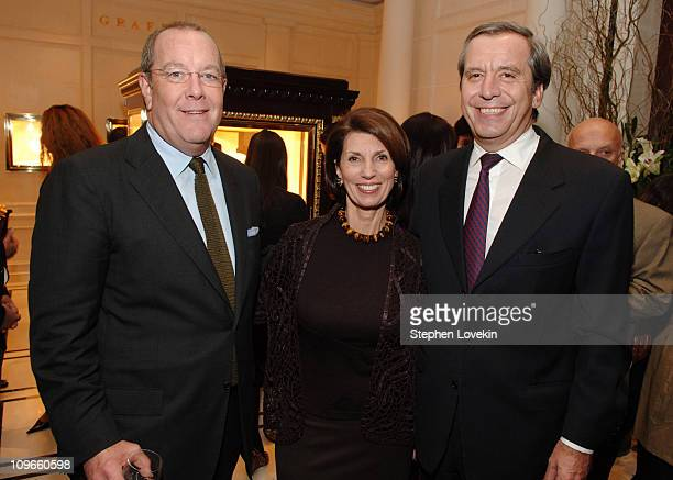 Ron Frasch Pamela Fiori EditorinChief of Town and Country and Henri Barguirdjian CEO of Graff