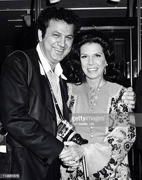 Ron Galella and Jackie Susann during 'A TracyHepburn Film Memoir' Preview Screening Benefiting the New York Public Library September 12 1972 at...
