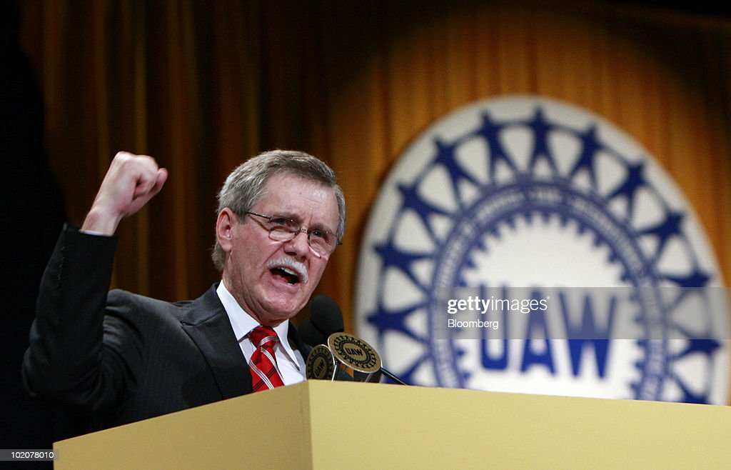 Ron Gettelfinger, outgoing president of the United Auto Workers, speaks at the UAW's constitutional convention in Detroit, Michigan, U.S., on Monday, June 14, 2010. Gettelfinger, ending eight years as the union's leader, said the U.S. auto industry is recovering and credited President Barack Obama with saving it. Photographer: Jeff Kowalsky/Bloomberg via Getty Images
