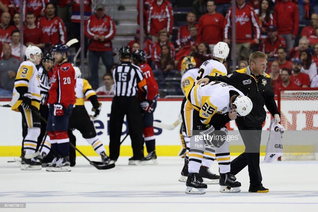 Pittsburgh Penguins v Washington Capitals - Game Two : Nachrichtenfoto