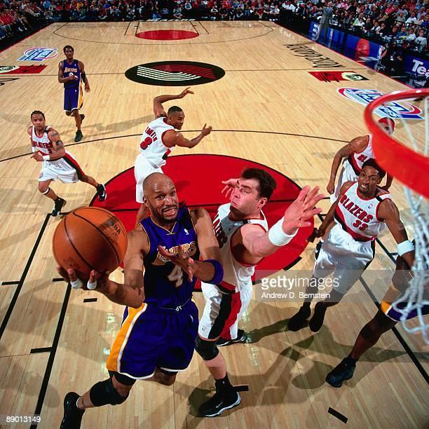 Blazers Vs Lakers: Sabonis Blazers Stock Photos And Pictures