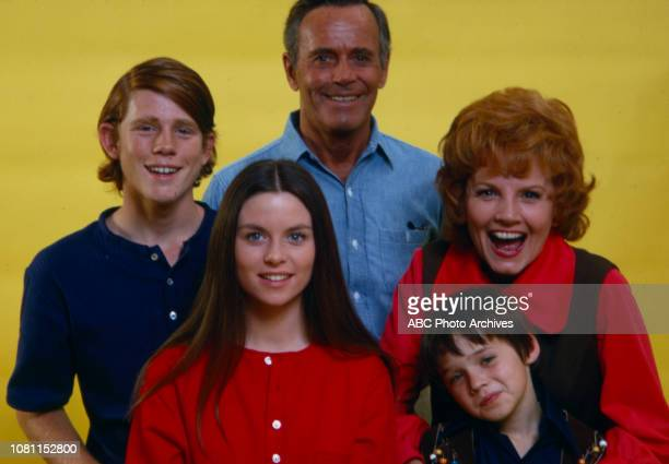 Ron Howard Henry Fonda Janet Blair Darleen Carr MichaelJames Wixted promotional photo for the Walt Disney Television via Getty Images series 'The...