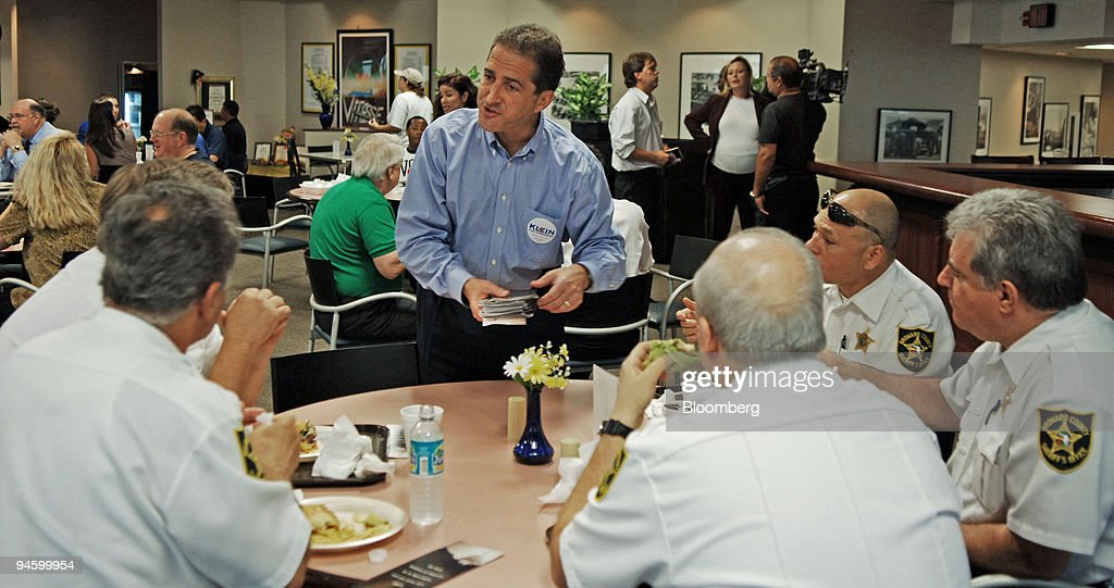 Broward Talks  >> Ron Klein Standing Talks With A Group Of Broward County Sh
