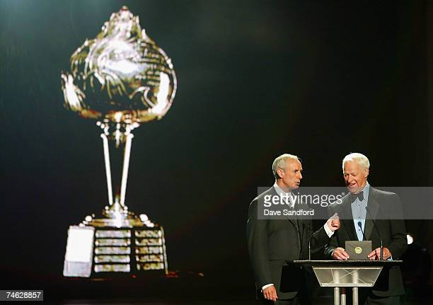 Ron MacLean and Gordie Howe present the Hart Memorial Trophy for NHL Most Valuable Player onstage during the 2007 NHL Awards Show at the Elgin...