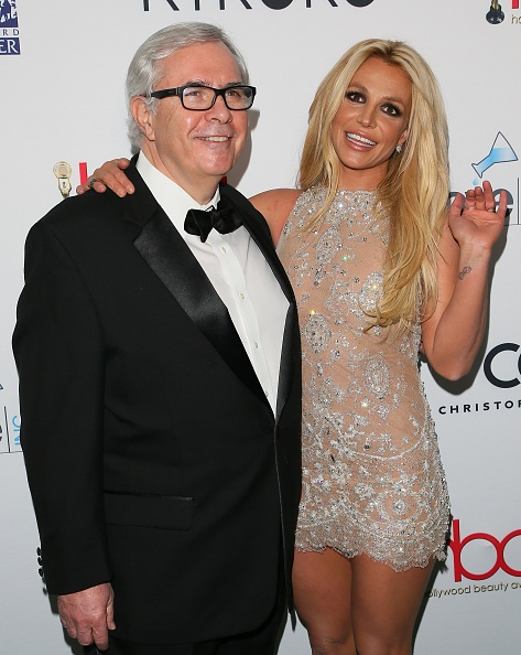 ron-rolleston-and-britney-spears-attend-the-4th-hollywood-beauty-on-picture-id924283742?k=6&m=924283742&s=594x594&w=0&h=A0dzdR0z1KJm80cRHYkf4LhbM5b5oJ08ExzIt2Eibu4=