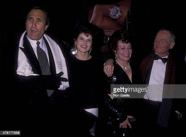 Ron Shelton Lolita Davidovich Blaze Starr and Paul Newman attend Blaze on December 12 1989 at the Ziegfeld Theater in New York City