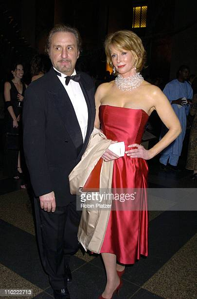 Ron Silver and Catherine de Castelbajac during The 2005 PEN Montblanc Literary Gala at The American Museum of Natural History in New York City, New...