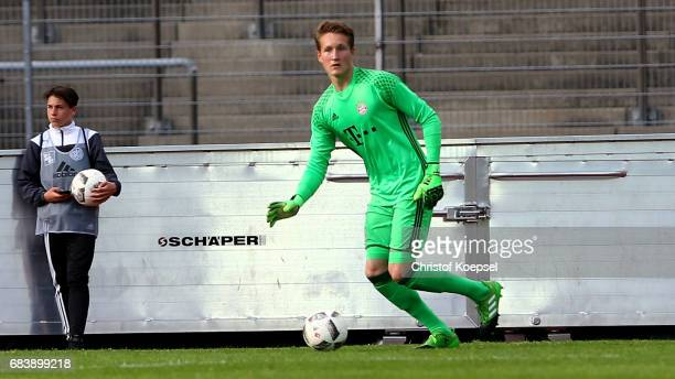 Ron Thorben Hoffmann of Bayern runs with the ball during the U19 German Championship Semi Final second leg match between FC Schalke and FC Bayern at...