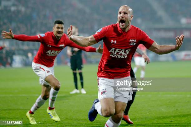 Ron Vlaar of AZ Alkmaar celebrates 10 during the Dutch Eredivisie match between AZ Alkmaar v FC Groningen at the AFAS Stadium on March 30 2019 in...