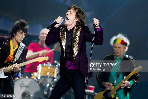 Ron Wood Charlie Watts Mick Jagger and Keith Richards of the british rock band 'The Rolling Stones' perform at EspritArena on June 19 2014 in...
