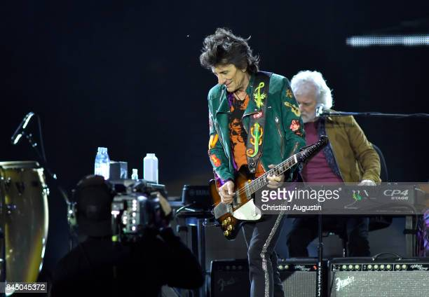 Ron Wood of The Rolling Stones performs during the opening night of their European Tour 'No filter' at Stadtpark Festwiese on September 9 2017 in...