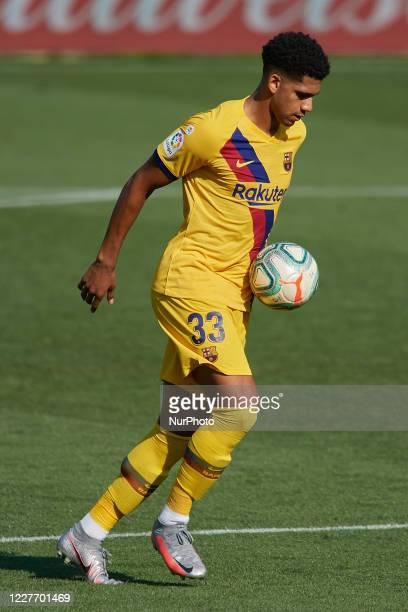 Ronald Araujo of Barcelona controls the ball during the Liga match between Deportivo Alaves and FC Barcelona at Estadio de Mendizorroza on July 19...