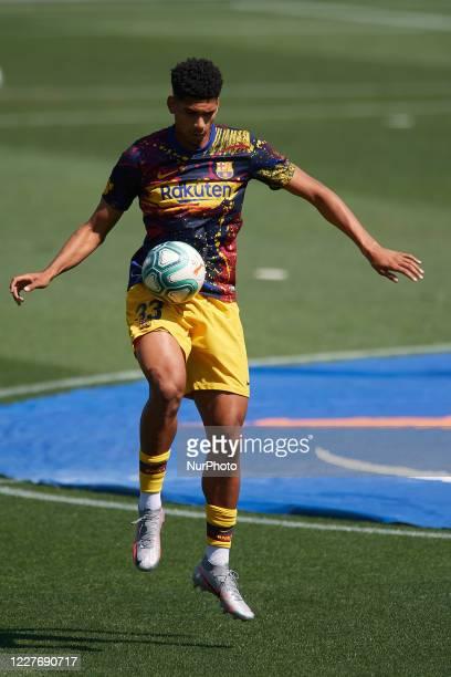 Ronald Araujo of Barcelona during the warmup before the Liga match between Deportivo Alaves and FC Barcelona at Estadio de Mendizorroza on July 19...