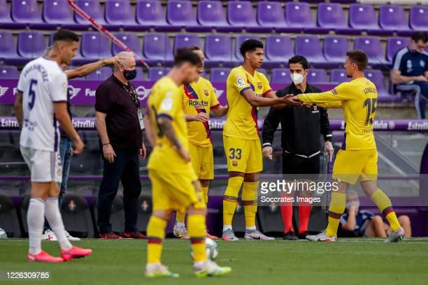 Ronald Araujo of FC Barcelona Clement Lenglet of FC Barcelona during the La Liga Santander match between Real Valladolid v FC Barcelona at the...
