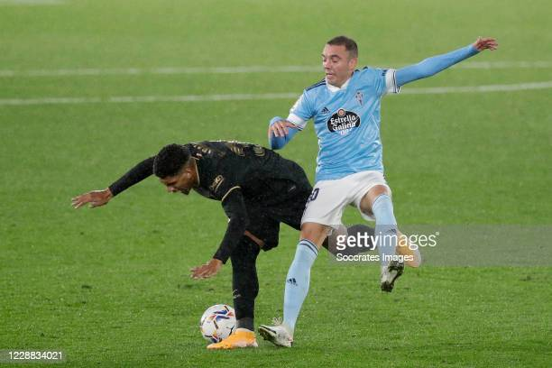 Ronald Araujo of FC Barcelona Iago Aspas of Celta de Vigo during the La Liga Santander match between Celta de Vigo v FC Barcelona at the Estadio de...