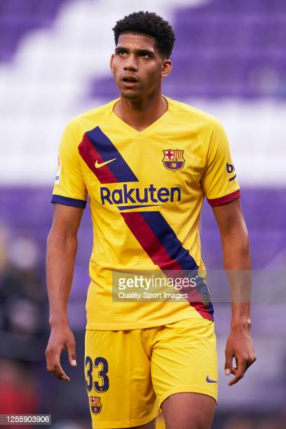 Ronald Araujo of FC Barcelona looks on during the La Liga match between Real Valladolid CF and FC Barcelona at Jose Zorrilla on July 11 2020 in...