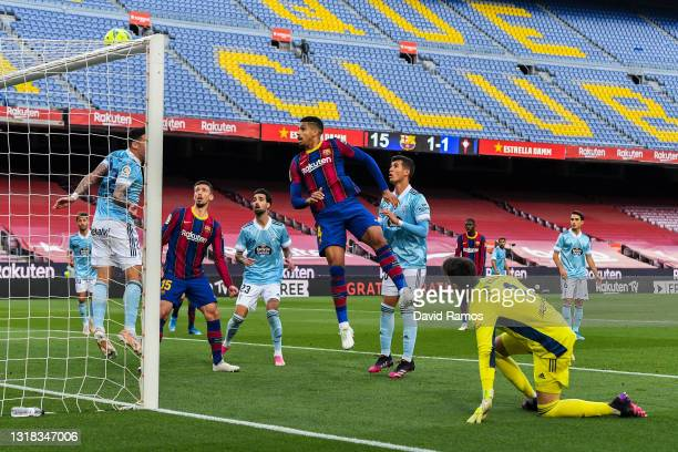 Ronald Araujo of FC Barcelona misses a chance to score during the La Liga Santander match between FC Barcelona and RC Celta at Camp Nou on May 16,...