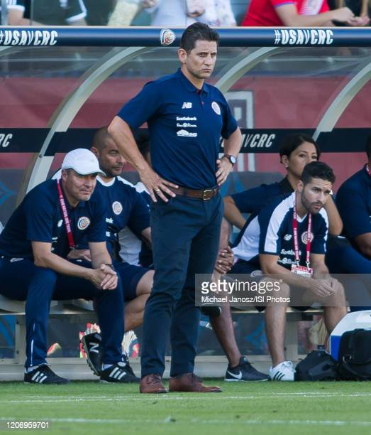 Ronald Gonzalez head coach of Costa Rica during a game between Costa Rica and USMNT at Dignity Health Sports Park on February 1 2020 in Carson...