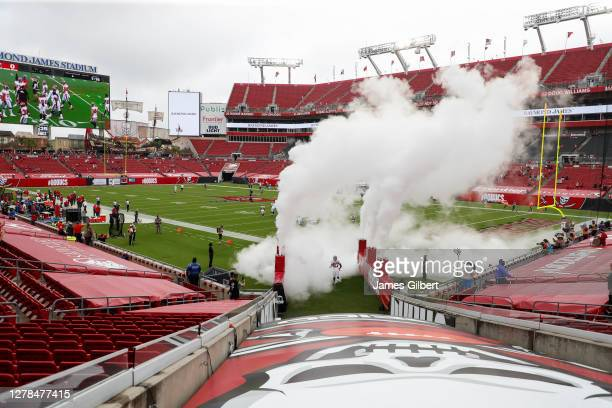 72 056 raymond james stadium photos and premium high res pictures getty images https www gettyimages com photos raymond james stadium