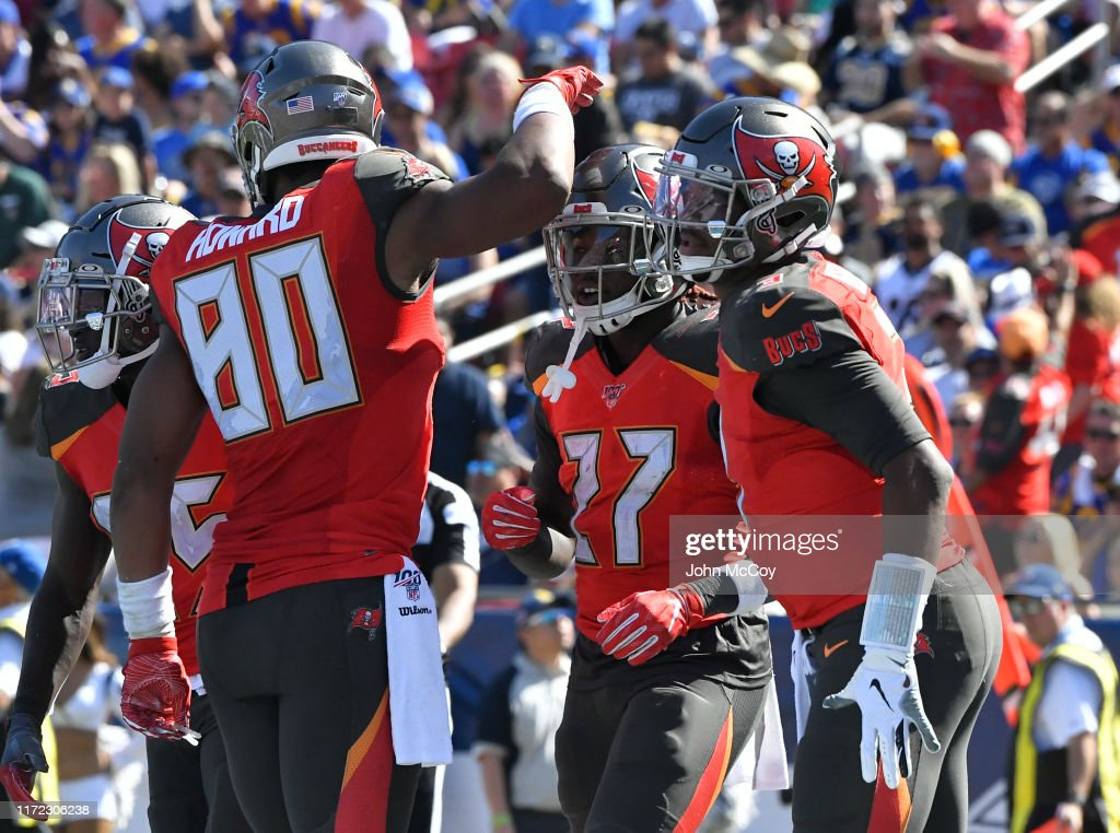 Tampa Bay Buccaneers vLos Angeles Rams : ニュース写真