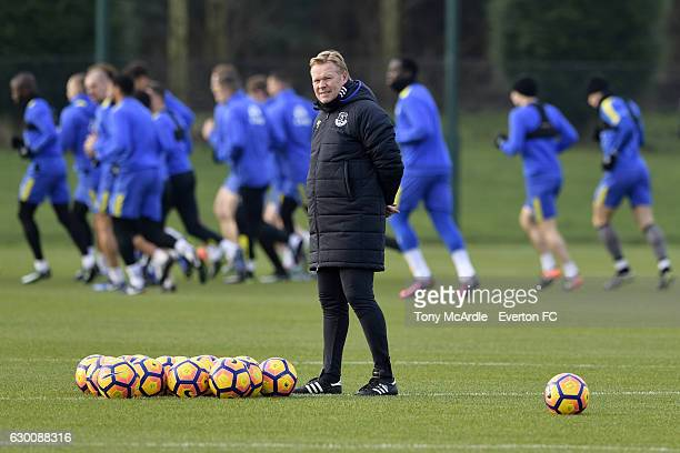 Ronald Koeman and his Everton team during the Everton FC training session at Finch Farm on December 16 2016 in Halewood England
