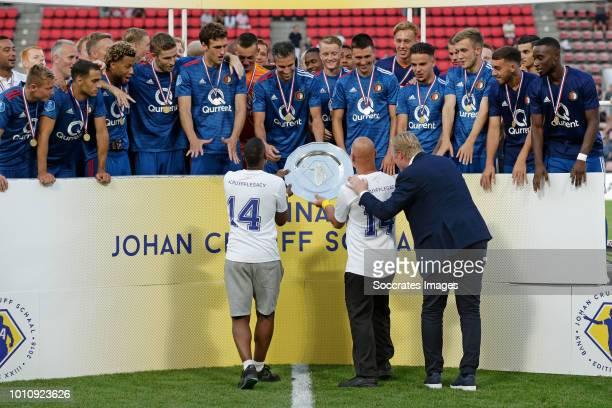 Ronald Koeman Jordy Clasie of Feyenoord Sofyan Amrabat of Feyenoord Tonny Vilhena of Feyenoord Jan Arie van der Heijden of Feyenoord Eric Botteghin...