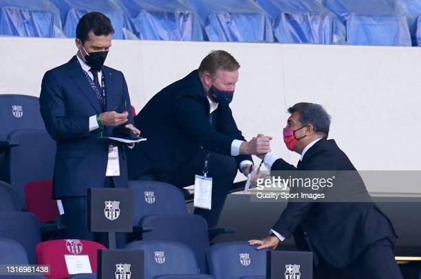 Ronald Koeman, Manager of FC Barcelona shakes hands with Joan Laporta, president of FC Barcelona prior to the La Liga Santander match between FC...